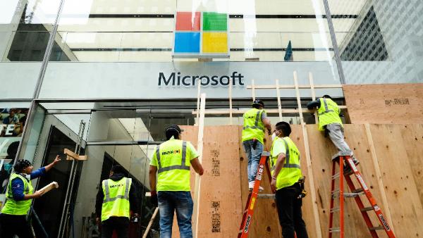 تعطیلی فروشگاه های مایکروسافت برای همیشه